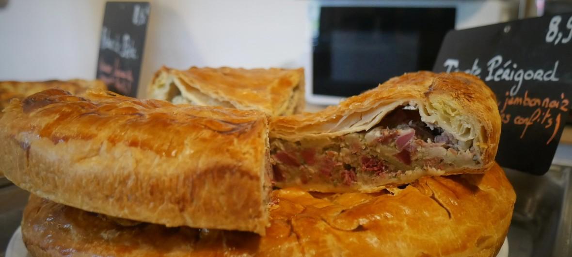 Tourte Périgord les terrasses de lascaux snack artisanal cuisine maison périgord montignac